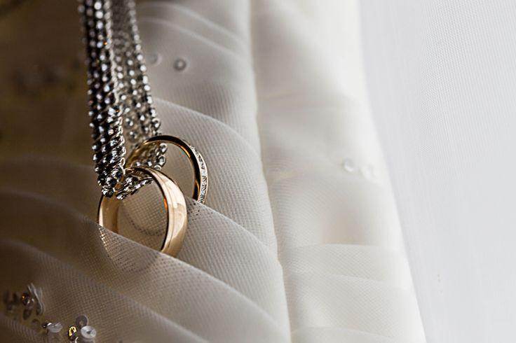 Wedding Rings and Wedding Dress detail ©Alicia Robichaud Photography www.arfoto.ca