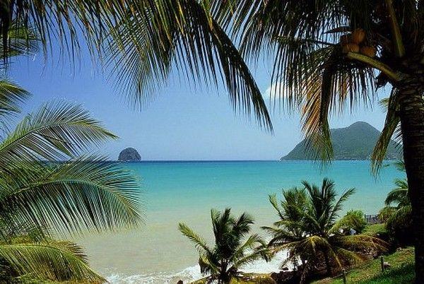 Pour trouver des vacances en Martinique c'est ici ! #Voyages #Caraïbes #Baie #Diamant