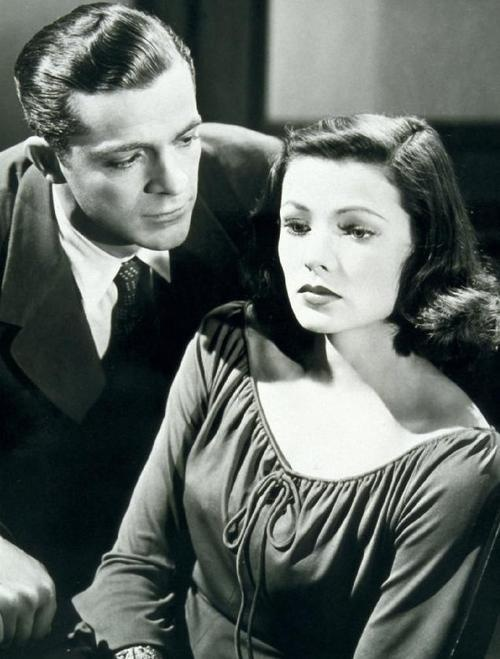 "Dana Andrews & Gene Tierney in ""LAURA"" (1944)."