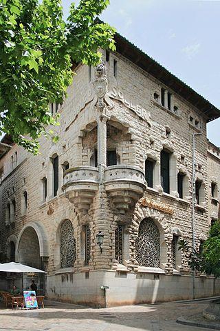 Mallorca - Banco de Soller building.jpg