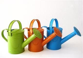TWIGZ - Metal Watering Can for children#toys2learn#twigz#garden#water#watering#can##preschool#children#kids#veggie#patch#sand#play#australia#gift#present#christmas#