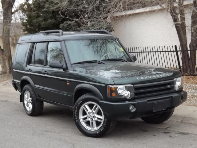 2004 Land Rover Discovery   Dark Green with Tan/Black interior  beautiful.