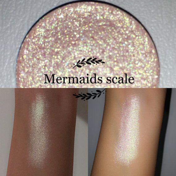 Mermaids scale single pan eyeshadow/highlighter
