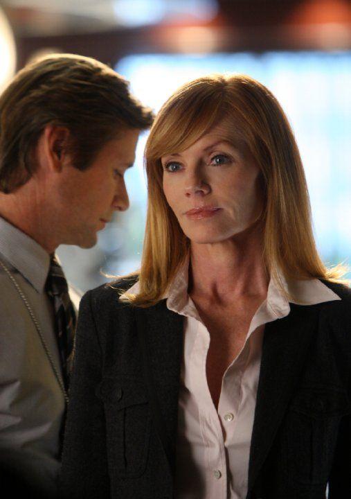 Still of Marg Helgenberger and Grant Show in CSI: Crime Scene Investigation (2000)