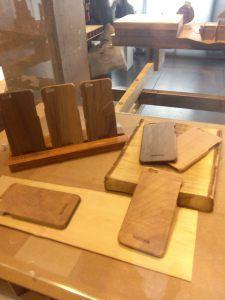 cárcasas de madera para iPhone