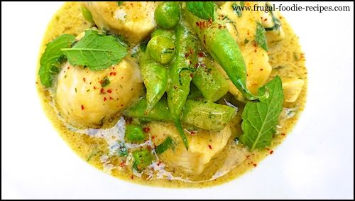 Chicken and green curry paste recipes