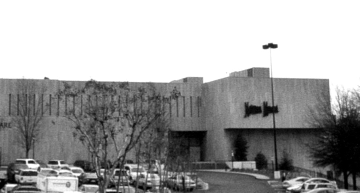 NEIMAN MARCUS - ATLANTA (#006), Lennox Square, Atlanta, GA (1973, SF: 154,000).  This store was expanded in Fall 2007; updated SF unknown.