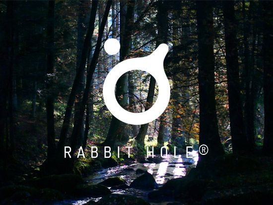 http://rabbithole.uk.com > a creative studio with a nifty minimalist site.