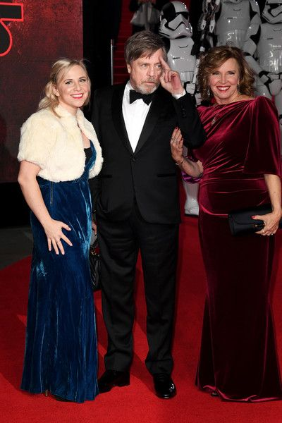 Marilou York Photos - Actor Mark Hamill (C), his wife Marilou York (R) and daughter Chelsea Hamill attend the European Premiere of 'Star Wars: The Last Jedi' at Royal Albert Hall on December 12, 2017 in London, England. - 'Star Wars: The Last Jedi' European Premiere - Red Carpet Arrivals