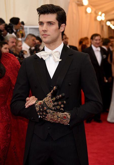 Роберто Болле в Dolce & Gabbana на Балу Института костюма 2014