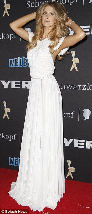 Delta looking Grecian-fab at the Logies!