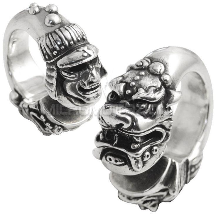 Pesi per lobi stile Asiatico realizzati artigianalmente in Argento 925, rappresentante un Dragone e la maschera di un Demone Samurai di Micromutazioni su Etsy