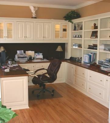 U-shaped office