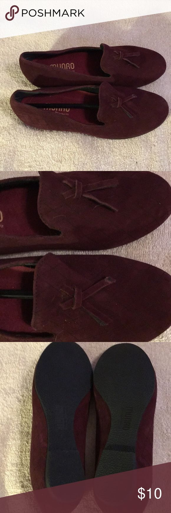 Maroon Munro shoes Munro shoes. Tassels are missing. Never worn. Offers welcome Shoes Flats & Loafers