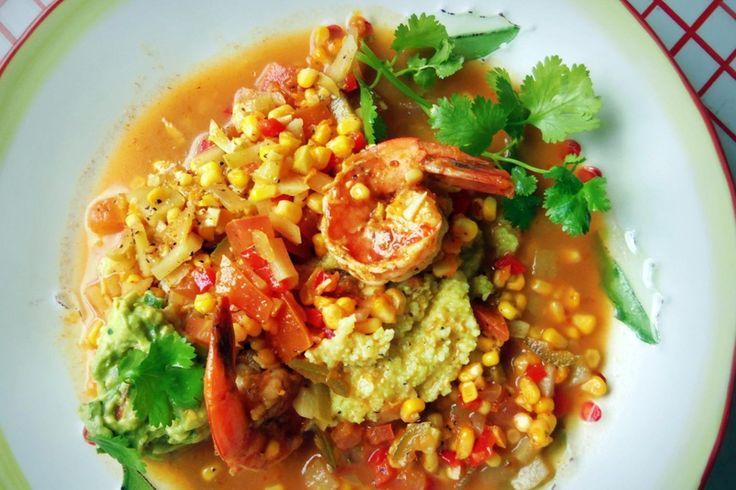 Sémola de Maíz con Camarones (Shrimp & Grits with Fresh Corn and Chayote)