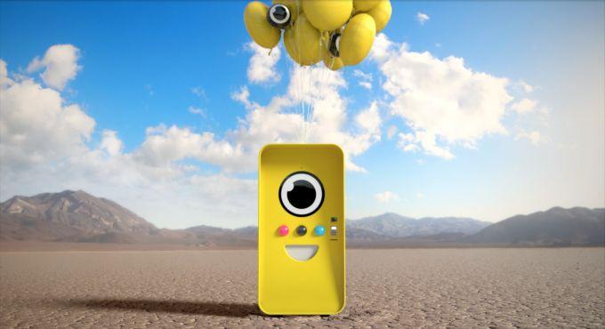 Snapchats Spectacles go on sale via Minion-like vending machines