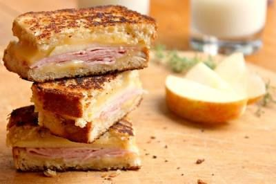 Try: For gourmet cheese melt, place a slice of Gouda cheese with the trio of pepper between two slices of country bread grill.  Its grilled cheese from heaven!