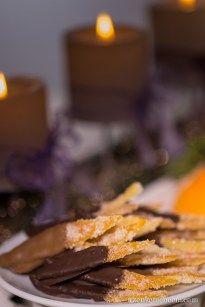 Kandírozott narancshéj csokiba mártva