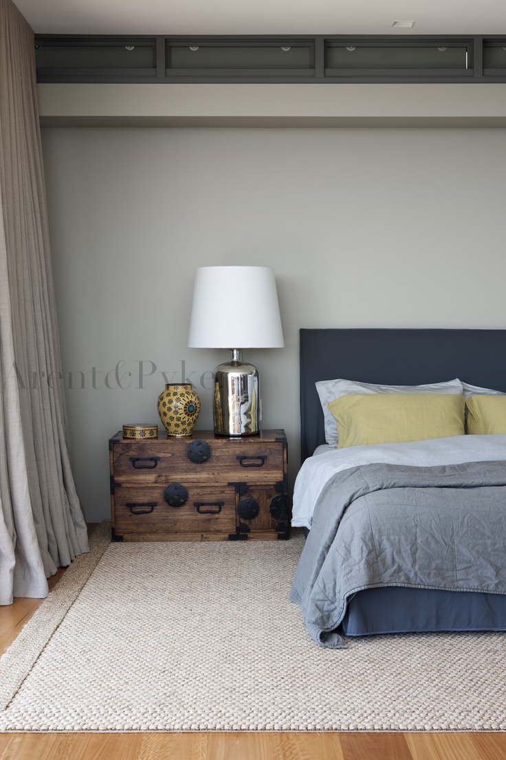 #vaucluse #bedroom #lamp #bedhead #arentpyke #arent #pyke  photography by Jason Busch