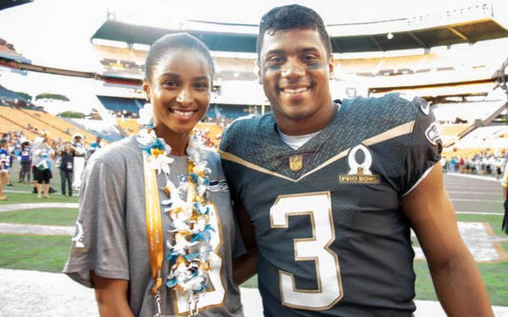 Seahawks Quarterback Russell Wilson and Wife Ciara Announce They're Having A Baby  (pinned December 2, 2016)