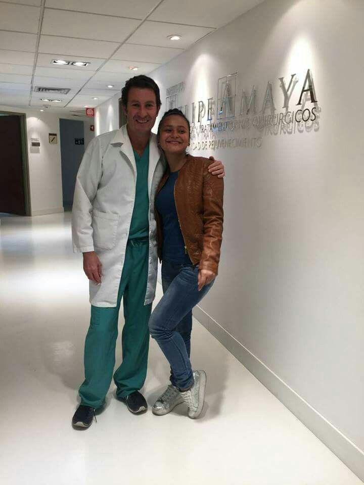 Con nuestra linda paciente de Panamá 🇵🇦 que vuelve a casa feliz. Gracias por visitarnos #InstitutoFelipeAmaya  www.felipeamaya.com  www.cirugiadenariz.com