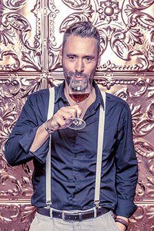 """""""Sherry heeft een ambachtelijk karakter en is uniek. Bovendien leent de drank zich uitstekend om koel te drinken en is tevens betaalbaar. Net als Gin en Cider heeft Sherry alle elementen in zich om hip te worden in Nederland"""" volgens Yuri Pieplenbosch, directeur van Alterego. Kijk voor meer informatie over Sherry Wines op de website: http://www.alteregomarketing.com/sherry-wines.html"""