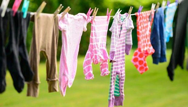 «Τι να κάνω για να μη μυρίζουν μούχλα τα ρούχα μου μετά το πλύσιμο;»