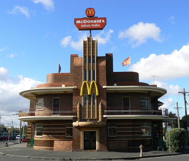 Originally the United Kingdom Hotel, the McDonald's in Clifton Hill, Melbourne, Australia was designed by architect James Hastie Wardrop and constructed 1937-38. It is a spectacular art deco pub consisting of a central stepped fin and curved wings with deep rounded balconies.