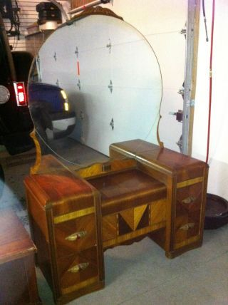 1950 bedroom furniture google search 1950 stuff pinterest antiques search and waterfalls. Black Bedroom Furniture Sets. Home Design Ideas