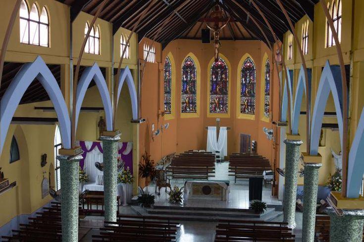 Best 25 church interior design ideas on pinterest - Church interior design ideas ...