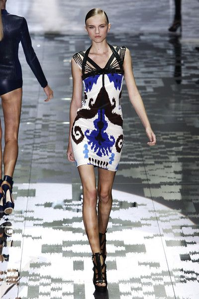 Gucci at Milan Fashion Week Spring 2010 - Runway Photos