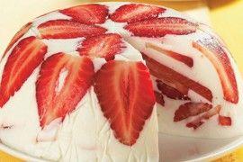 Letní jahodový nepečený dort