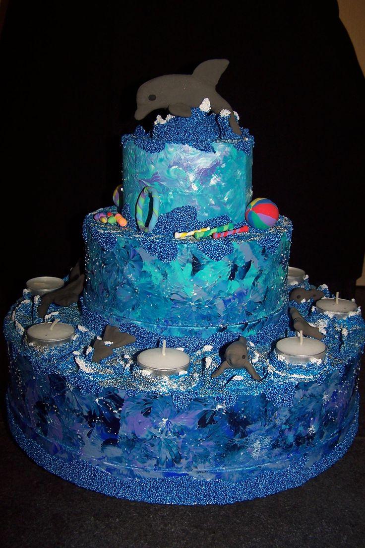 dummy dolfijnen taart. gemaakt van foam clay en silk clay.