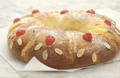 roscón de reyes - It would be fun to make for epiphany.
