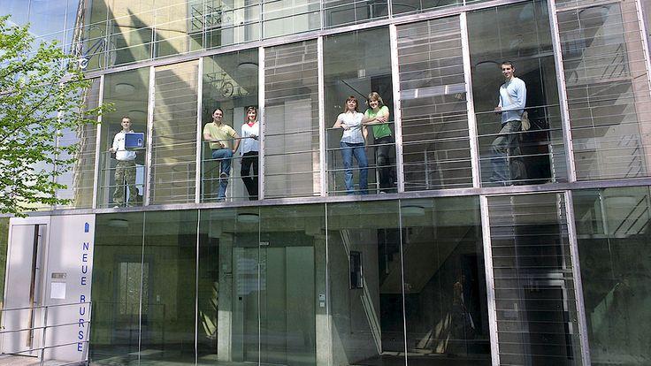 neue Burse Max Horkheimer Str. 10-16-description of dorm at U of Wuppertal