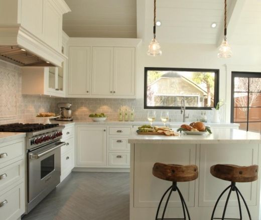 Modern Island Style White Kitchen Cabinets Arch Interiors Design Group