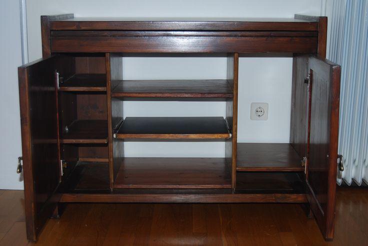 Παλιό γραφείο, μετατροπή σε ντουλάπι για PC & HiFi