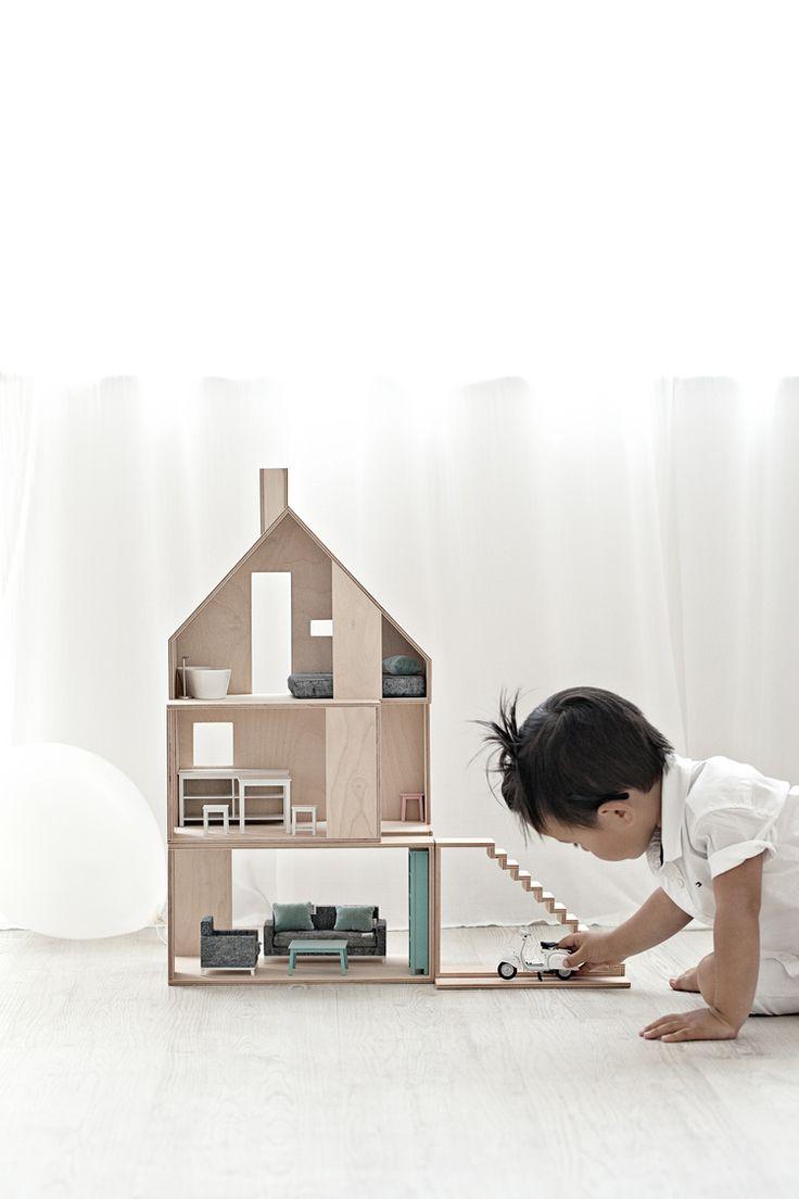 BoominiDoll Houses | Hayden wears Tommy Hilfiger White Shirt from Ashworth & Bird Kids