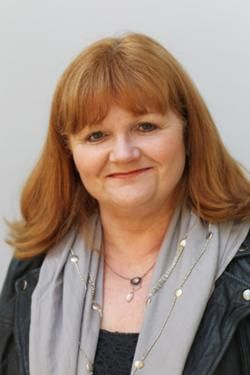 Lesley Nicol(born1953;Manchester,England)is the actress who plays Mrs. Patmore in Downton Abbey.She is also well known for playing Auntie Annie in East is East and its sequel West is West and for playing Mrs Pants in Blackadder II.As a downstairs actor,she did most of her Downton Abbey filming at Ealing Studios.Only rarely going to the Highclere set. She says it helps her performance,as it is a bit awe-inspiring to be there.
