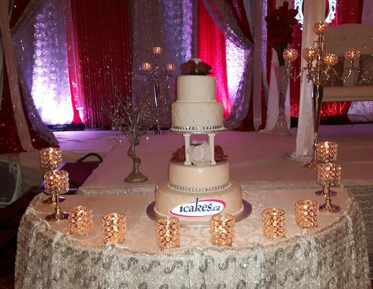 Congratulation Omar and Salma on your #wedding . Best wishes from #icakes . #weddingcakes #cakes #rosegarden