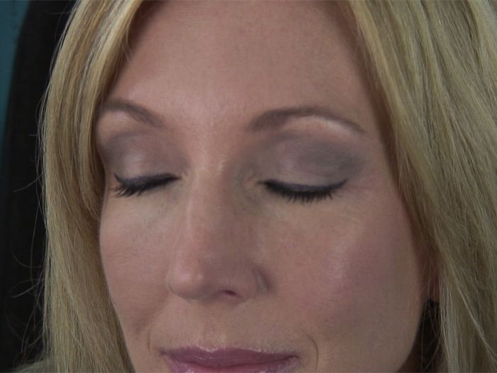 Eye Makeup Techniques For Over 60 Cosmeticstutor
