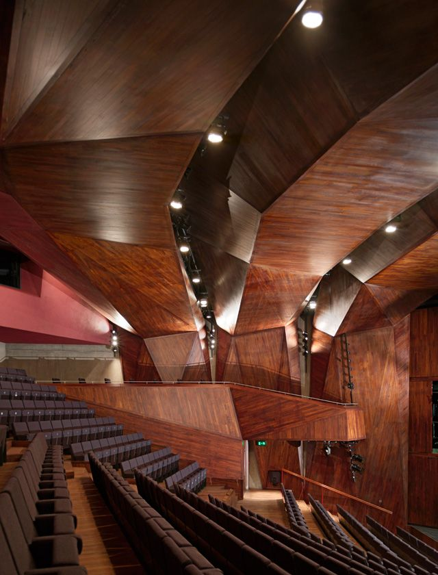 Lyric Theatre | O'Donnell + Tuomey