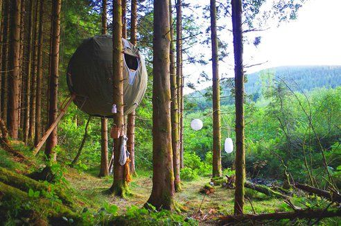 Lightweight, Recyclable Tree Tent is Inspired by Airships. This is like a backyard fort on steroids--for the big kids!