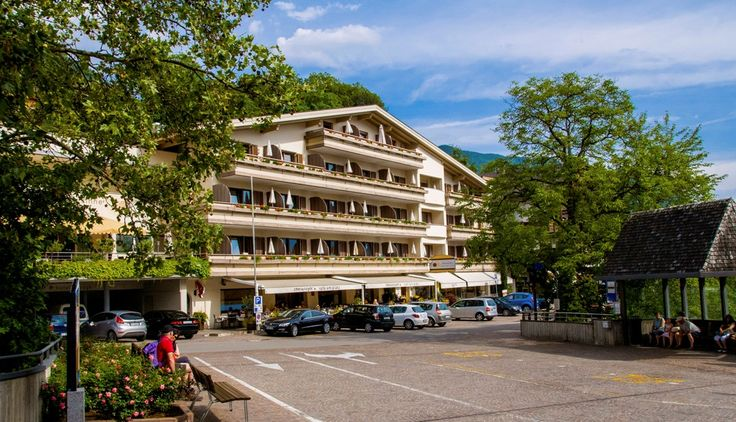 Christophs Hotel **** in #Schenna bei #Meran #Südtirol www.facebook.com/suedtirolerleben