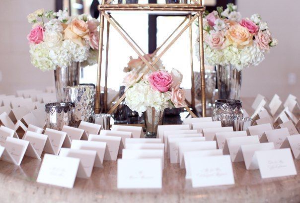 Decorațiuni cu trandafiri pentru  o nuntă de vis