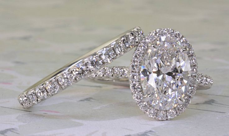 Classy Oval Engagement ring by Peter Norman. #engagement