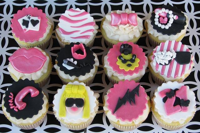 Lady Gaga Glam Cupcakes by Lynlee's Petite Cakes, via Flickr