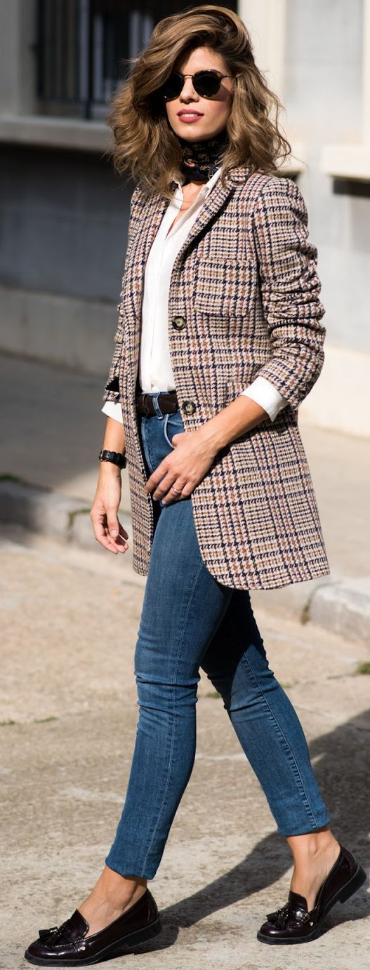 British Way Fall Streetstyle Inspo by Ms Treinta at scorpiofashions.com