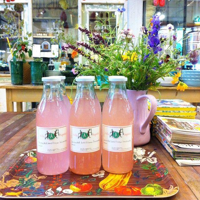 #atwork #villaaugustus #homemade lavendel basilicum limonade