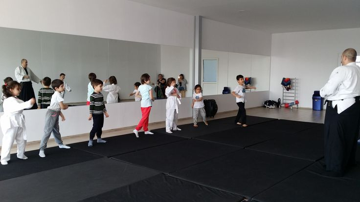 Aikido copii si adulti la Sky Fitness Nutrition Center din Colentina, sector 2. https://www.facebook.com/SkyfitnessBucuresti/, www.skyfitness-nutritioncenter.ro